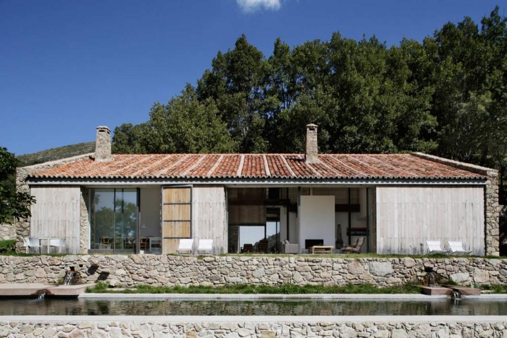 Casa sostenible en Extremadura / Ábaton Arquitectura