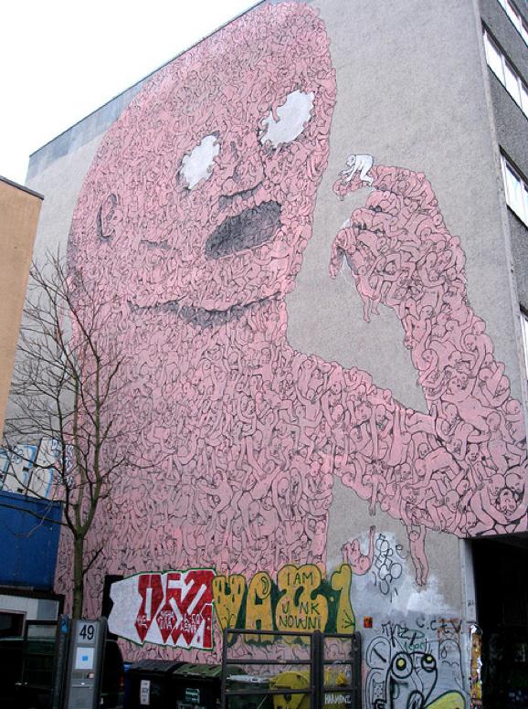blu-peinture-murale-graffiti-berlin2