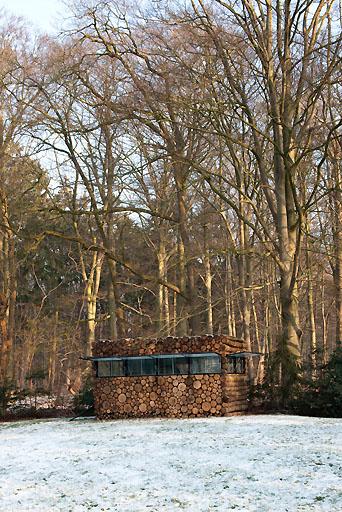 Piet-Hein Eek-cabana-estudio-Hans-Liber-house-office-3-1.jpg