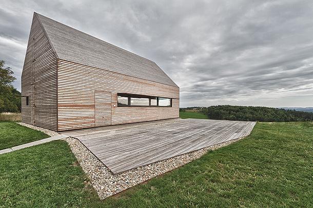Casa-bodega de verano / Judith Benzer Architektur
