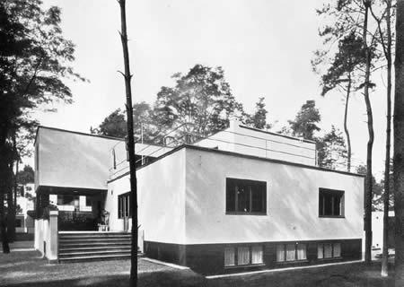 las casas de los maestros de walter gopius en dessau restauradas reinterpretadas aryse. Black Bedroom Furniture Sets. Home Design Ideas