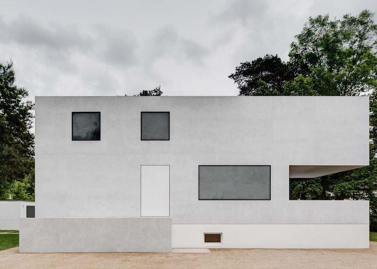 Casa-de-Walter-Gropis-reconstruccion-Bauhaus-Dessau