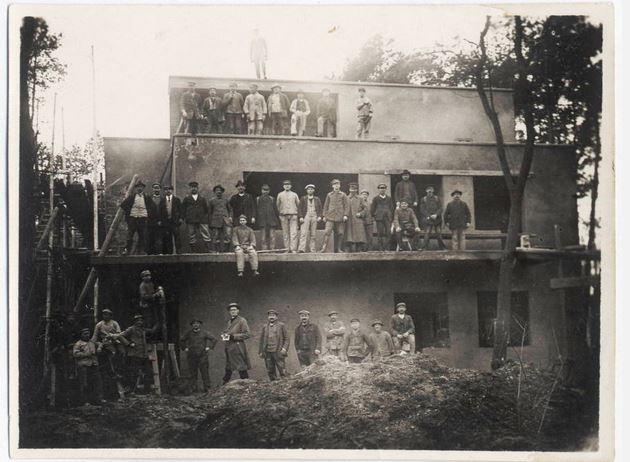 Construccion-casa-de-los-maestros-Dessau-1925