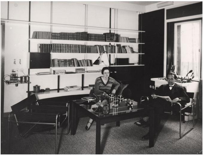 Sala de estar de la casa de Walter Gropius