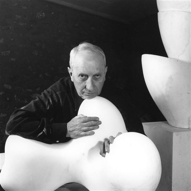 hans-arp-1954-jpg