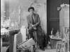 portrait-d-alberto-giacometti-assis-dans-son-atelier-au-milieu-de-ses-oeuvres-jpg