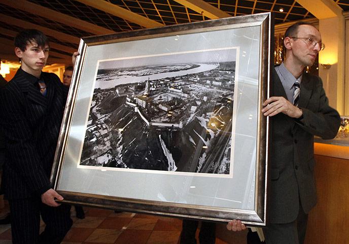 dmitry-medvedev-kremlin-tobolsk-2009