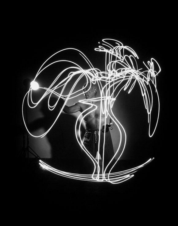 respuestas a Gjon Mili y Picasso: dibujando con la luz