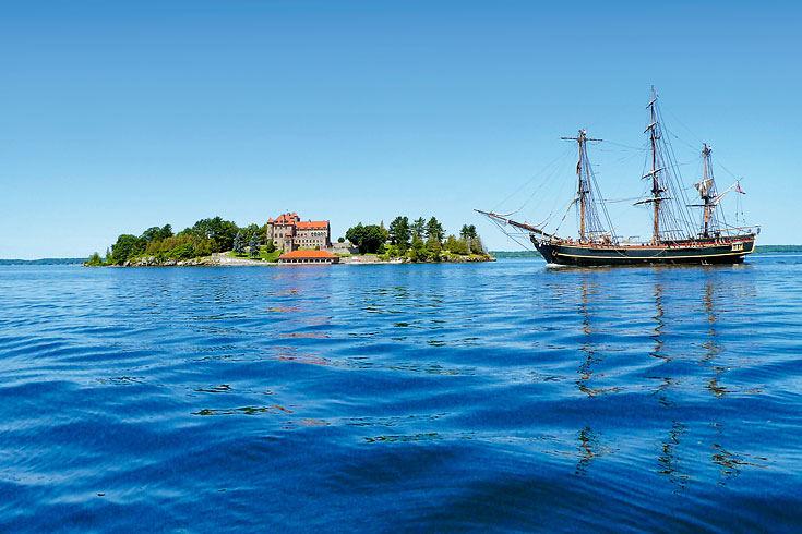 El Mundo de las Islas privadas / Farhad Vladi