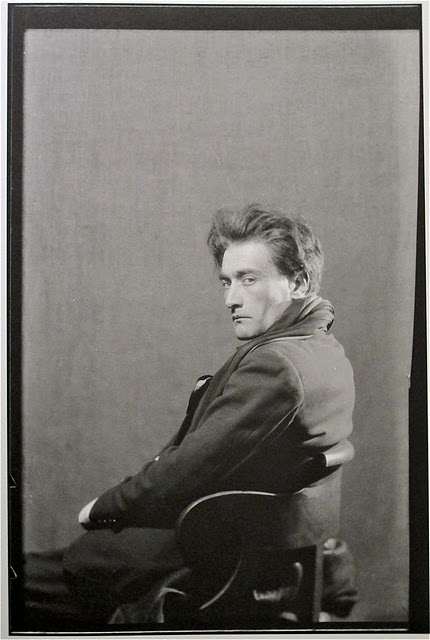 antonin-artaud-paris-1926