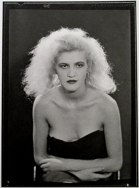 jacqueline-goddard-paris-1930-circa
