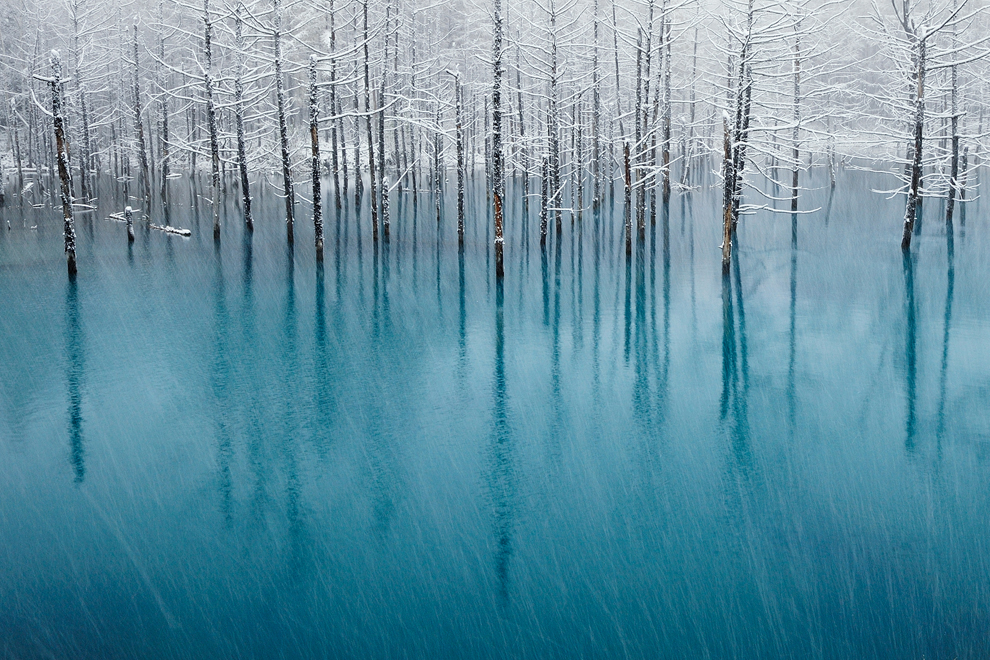 Blue-pond-&-Fidt-snow-Kent-Shiraishi