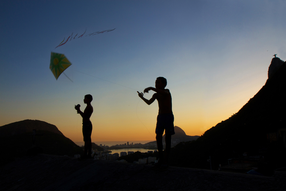 Flying-kites-Felipe Carvalho