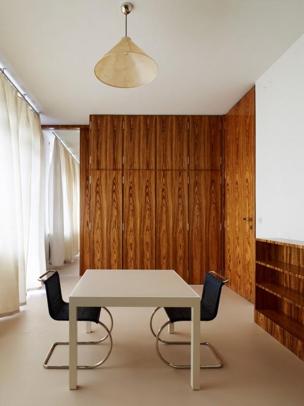 villa tugendhat de mies van der rohe restaurada y abierta. Black Bedroom Furniture Sets. Home Design Ideas