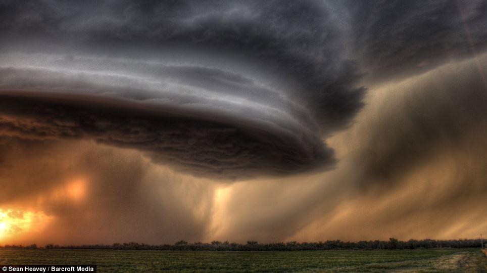 tormenta_supercelula_Sean_Heavey_7