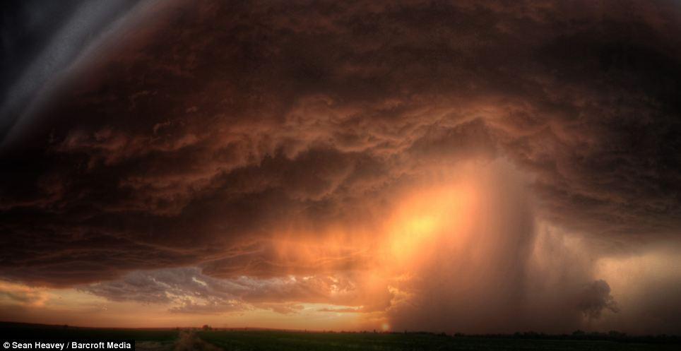 tormenta_supercelula_Sean_Heavey_4