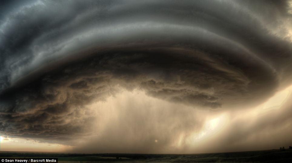 tormenta_supercelula_Sean_Heavey_5