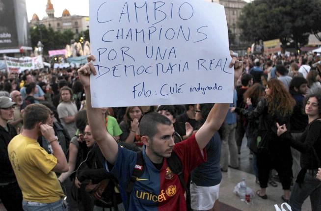 20 Fotos pancartas, carteles y slogans movimiento 15-M #democraciarealya