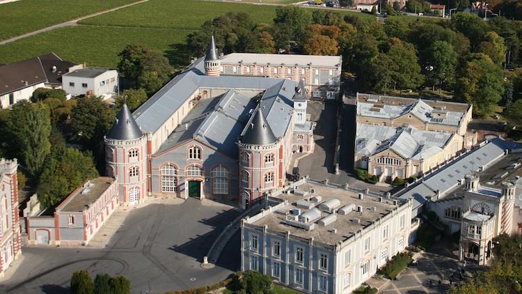 La fábrica sonora / Exposición en las bodegas Pommery, Reims