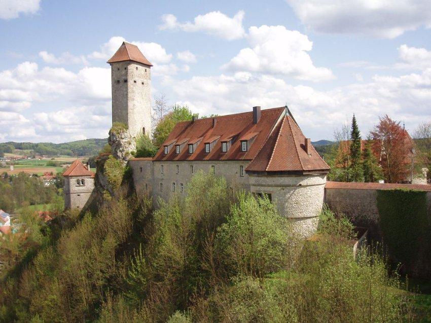 Castillo-de-Veldenstein