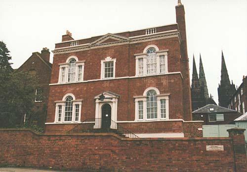 Erasmus-Darwin-House,-Beacon-Street-Lichfield