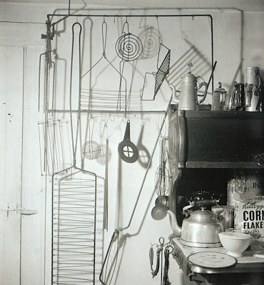 Alexander-Calder-Kitchen