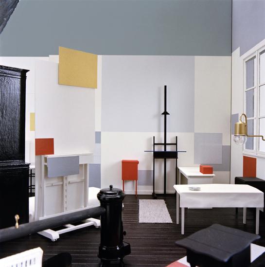 Reconstrucción-Atelier-de-Mondrianen-26-rue du-Départ-París -El-atelier-1926