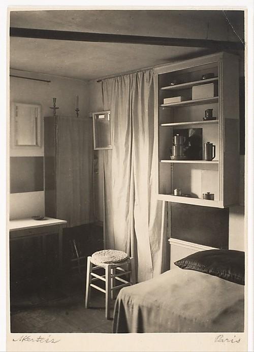 estudio-de-Mondrian-26-rue-depart-Foto-André-Kertész-1926