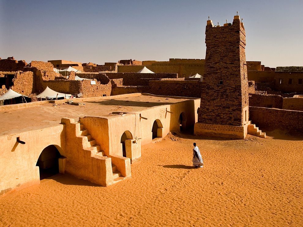 chinguetti-mosque-mauritania_David Clifford