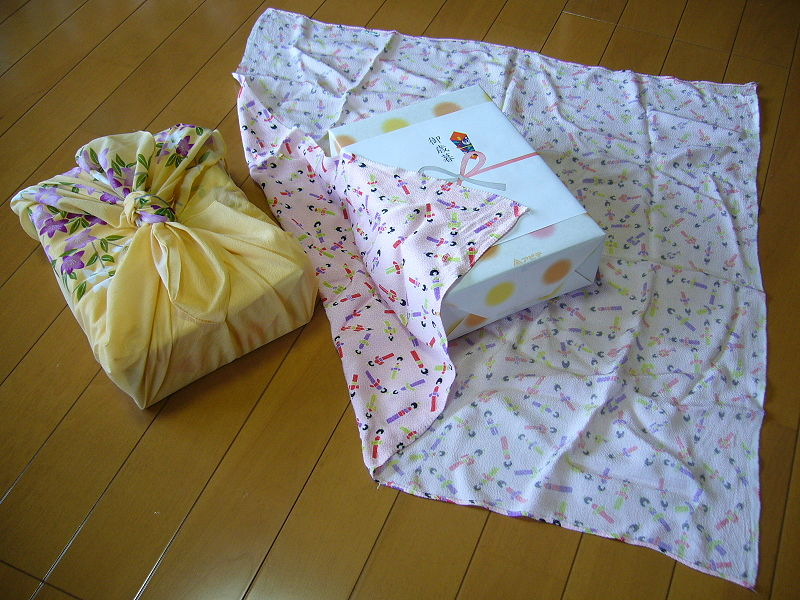 Traditional_Japanese_wrapping_cloth,furoshiki,katori-city,japan