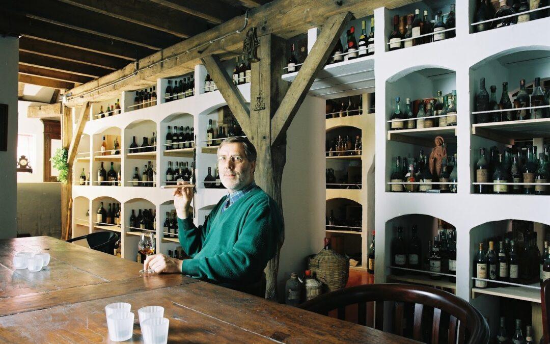 Bay van der Bunt / El mayor coleccionista de licores antiguos del mundo
