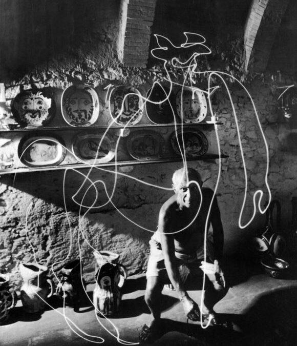 Gjon Mili y Picasso: dibujando con la luz